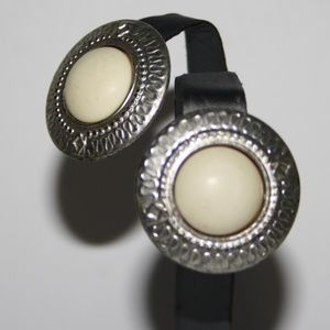 Vintage silver and cream post earrings